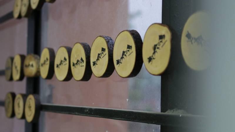 our tree button souvenir fridge magnets