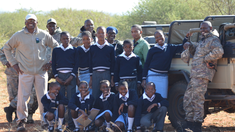 Local school kids on safari with Motse