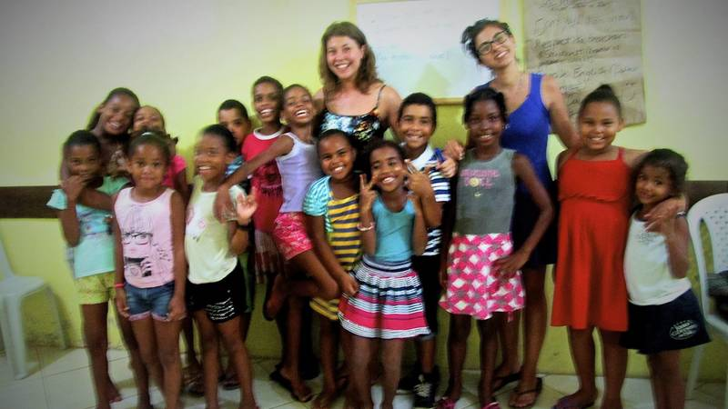 The kids of Passagem love their English classes!