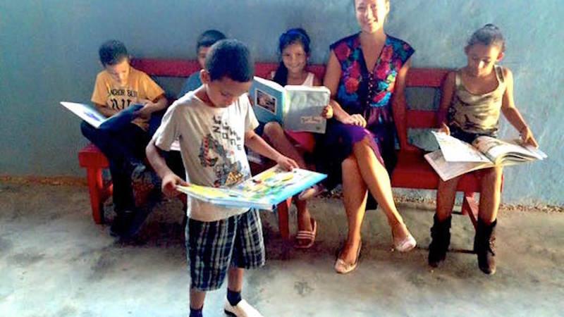 Reader's Club / Club de Lecturas