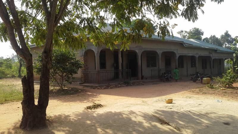 The Macerudet volunteer house