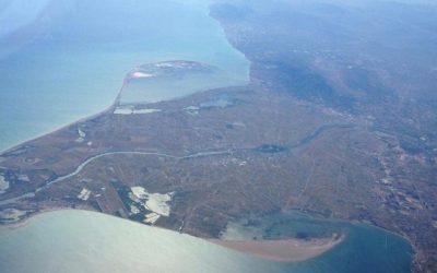 Lagos, humedales y acuíferos