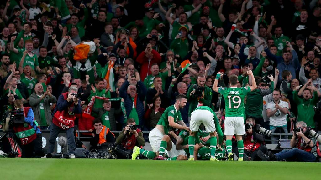 Football/Soccer: McGoldrick goal earns Ireland draw with Switzerland.  Get a report of the Republic of I...
