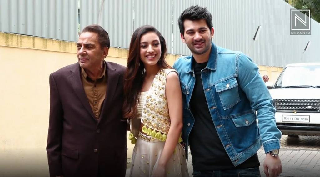 Dharmendra: Karan Deol, Sahher Bambba and Dharmendra at Pal Pal Dil Ke Paas Trailer Launch.  Sunny ...