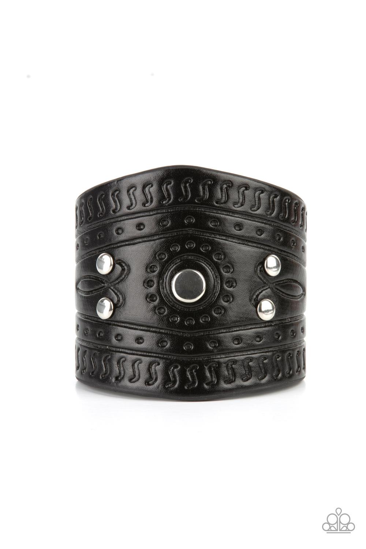 Paparazzi Accessories:  Orange County - Black (3016)
