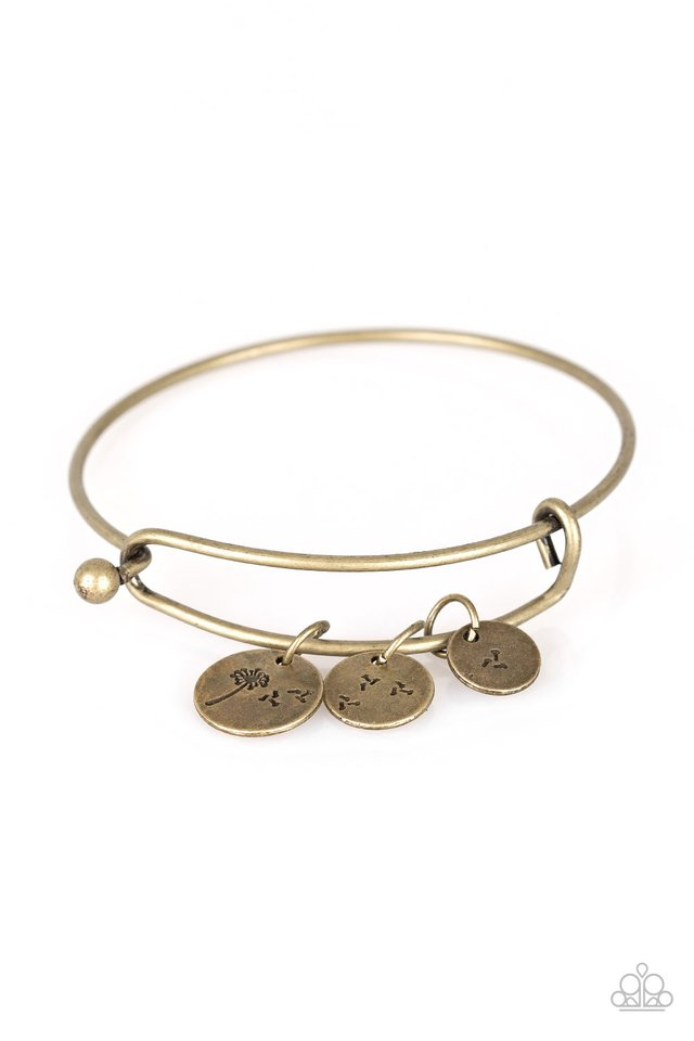 Dreamy Dandelions - Brass - Paparazzi Bracelet Image