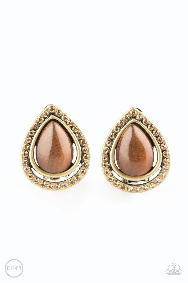Noteworthy Shimmer - Brass - Paparazzi Earring Image