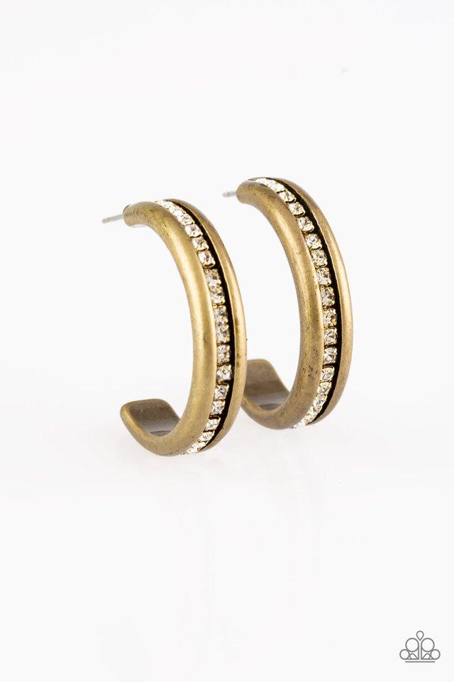 5th Avenue Fashionista - Brass - Paparazzi Earring Image