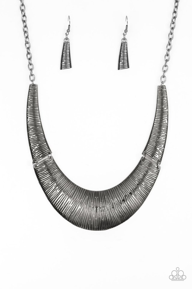 Feast or Famine - Black - Paparazzi Necklace Image