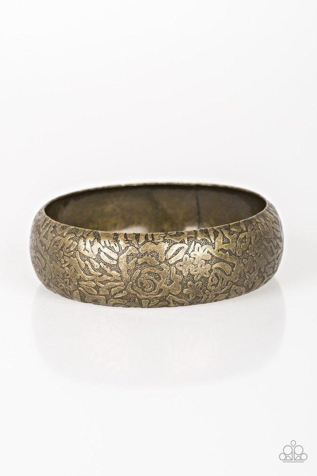 Garden Villa - Brass - Paparazzi Bracelet Image