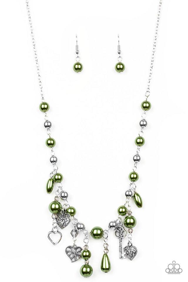 Renaissance Romance - Green - Paparazzi Necklace Image