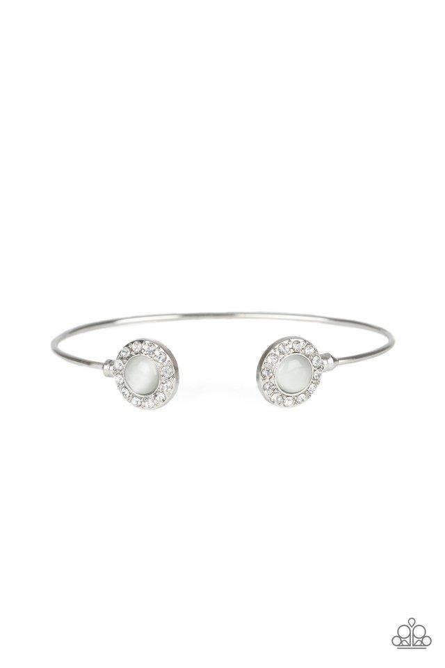 Instant Illumination - White - Paparazzi Bracelet Image