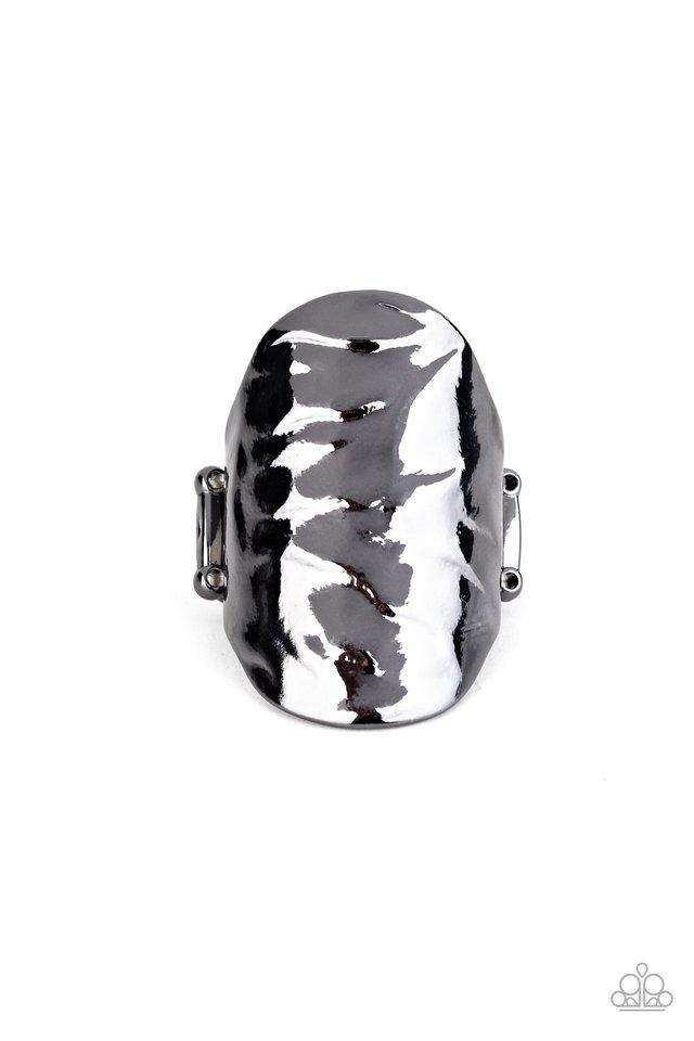 Retro Ripple - Black - Paparazzi Ring Image
