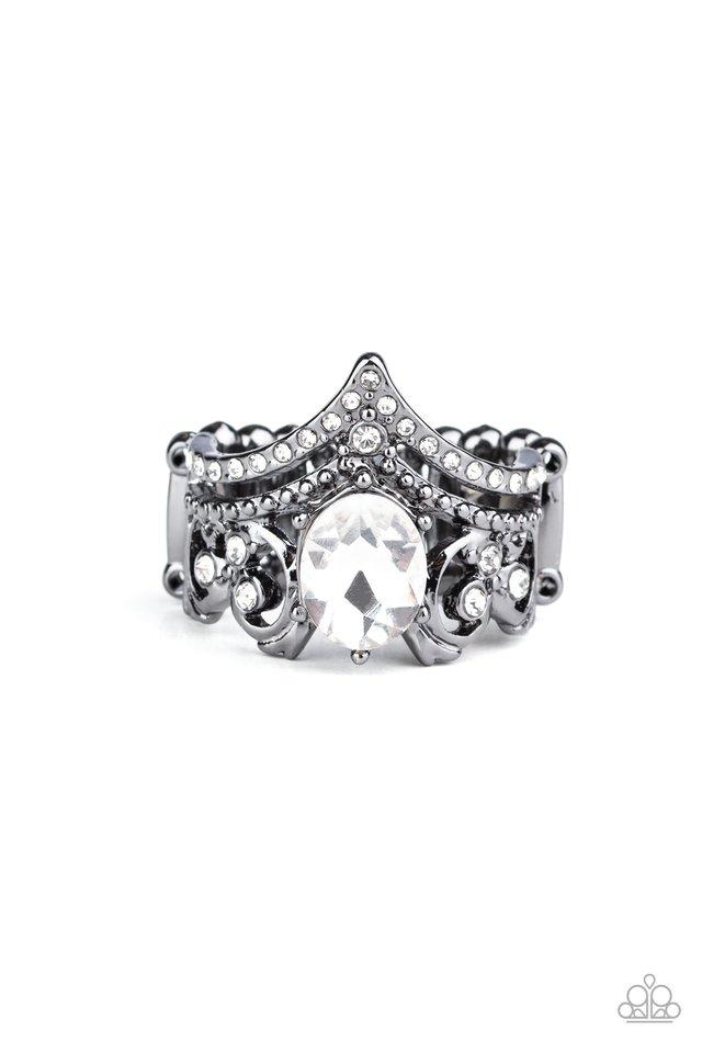 Metro Queen - Black - Paparazzi Ring Image