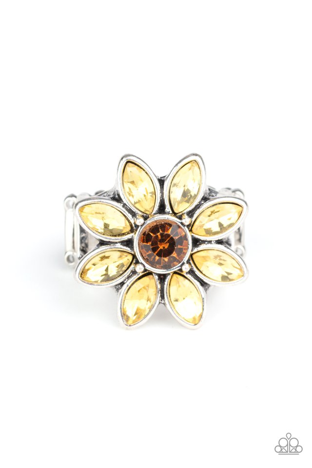 Prismatic Petals - Yellow - Paparazzi Ring Image