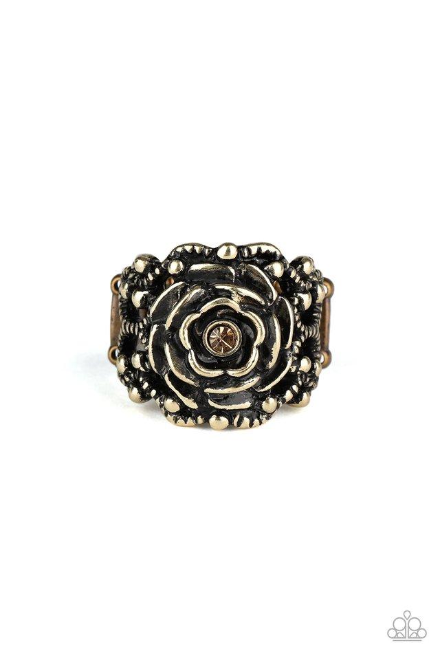 Rose Garden Royal - Brass - Paparazzi Ring Image
