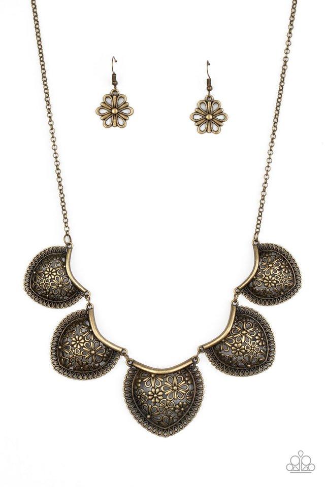 Garden Pixie - Brass - Paparazzi Necklace Image