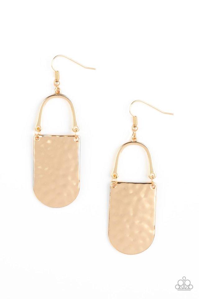 Resort Relic - Gold - Paparazzi Earring Image