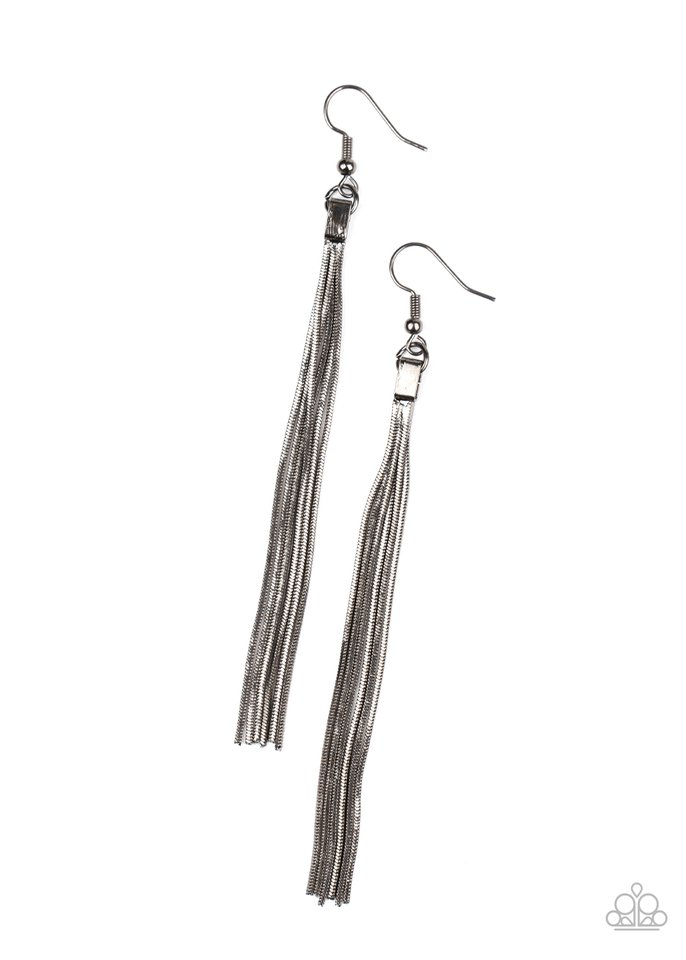 Swing Into Action - Black - Paparazzi Earring Image