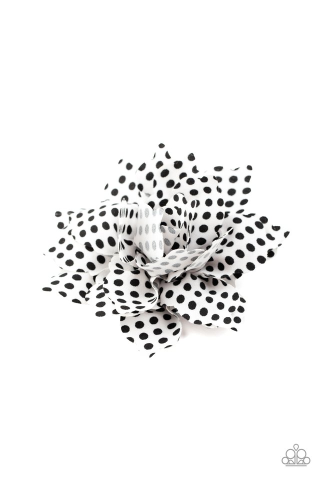 Springtime Social - White - Paparazzi Hair Accessories Image
