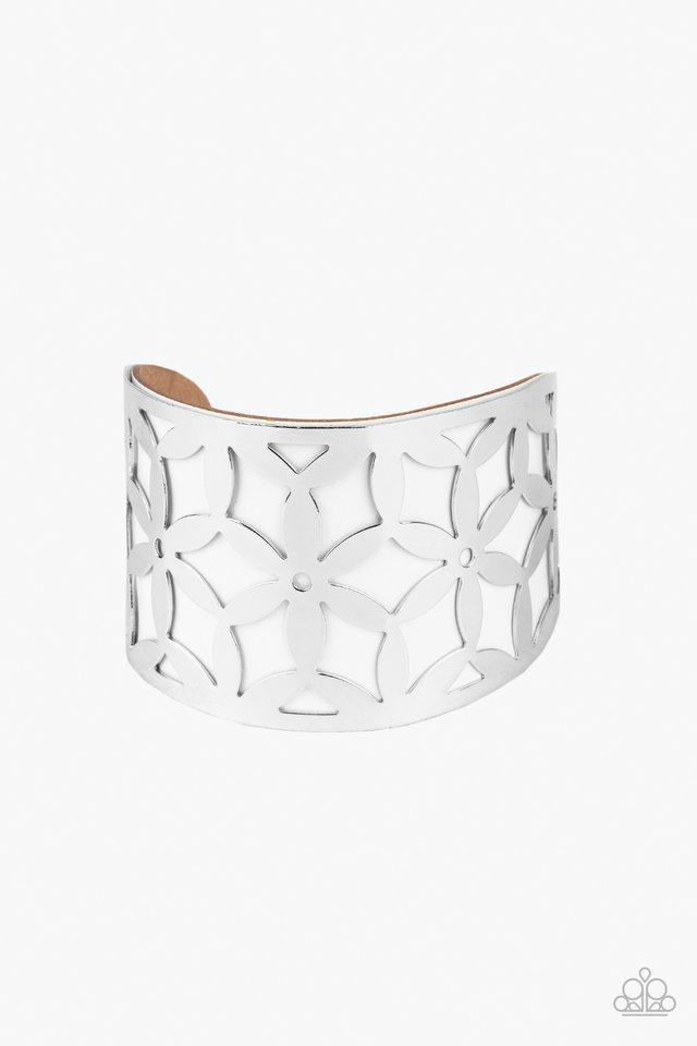 Garden Fiesta - White - Paparazzi Bracelet Image