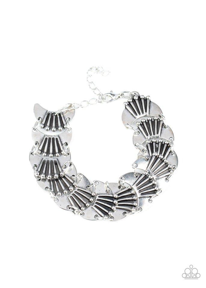 Moonlit Mesa - Silver - Paparazzi Bracelet Image