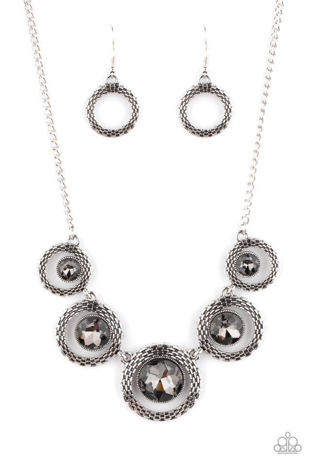 PIXEL Perfect - Silver - Paparazzi Necklace Image