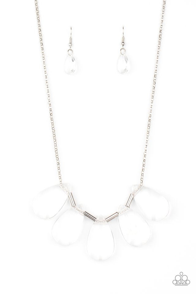HEIR It Out - White - Paparazzi Necklace Image