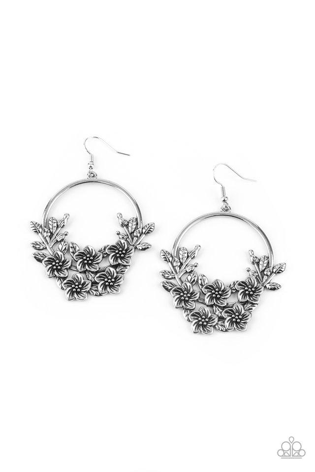 Eden Essence - Silver - Paparazzi Earring Image