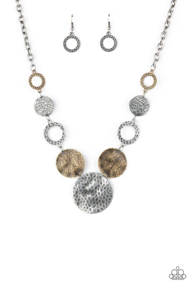 Terra Adventure - Silver - Paparazzi Necklace Image