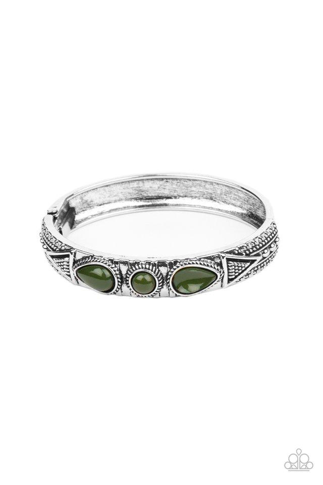 Radiant Ruins - Green - Paparazzi Bracelet Image