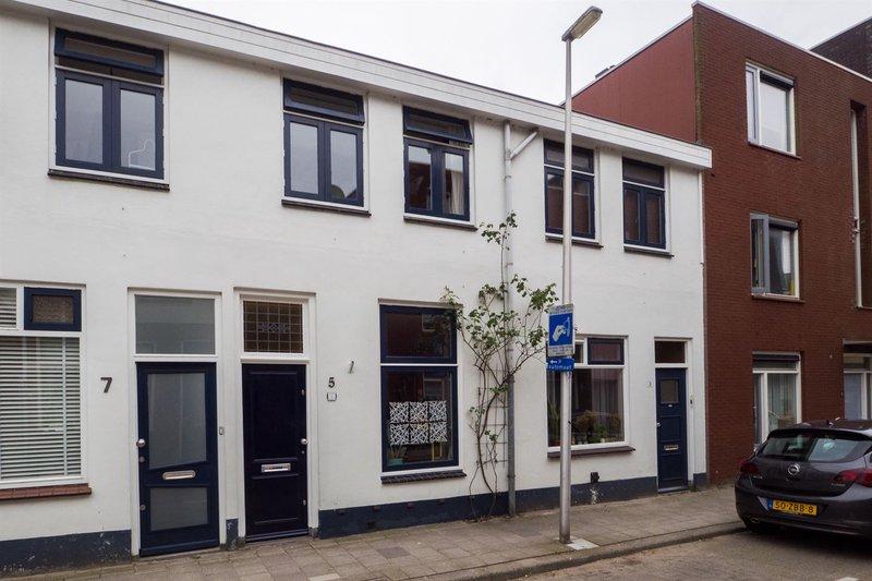 Blokstraat 5