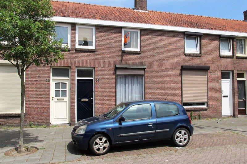 Oeverstraat 64