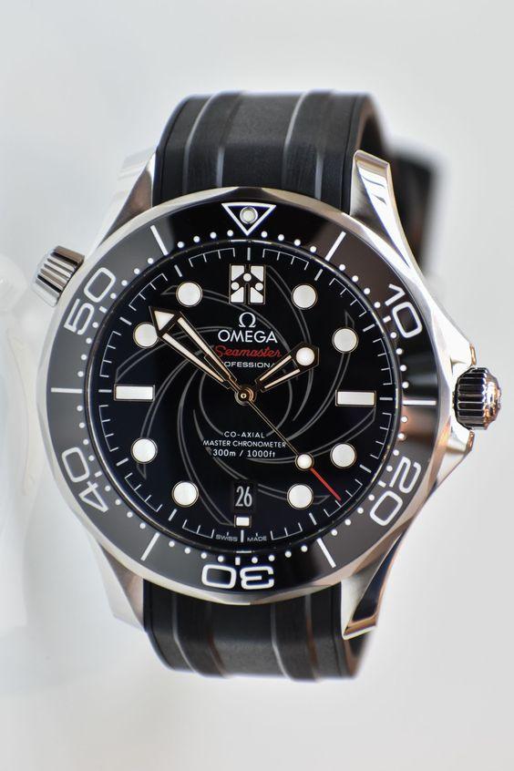 New Omega Seamaster Diver 300M James Bond