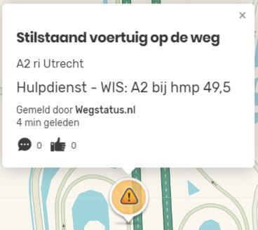 Voorbeeld van een automatische Wegstatus melding in Waze.