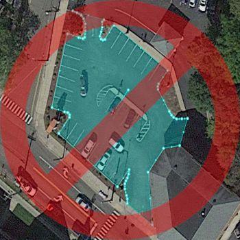 Area di parcheggio disegnata con un livello eccessivo di dettaglio