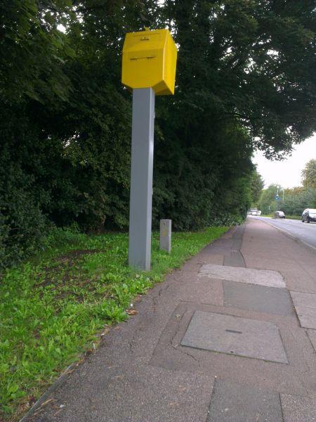 File:UK Cams Gatso Smart Pole Rear.jpg
