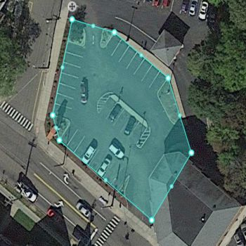 Area di parcheggio disegnata con un livello adeguato di dettaglio