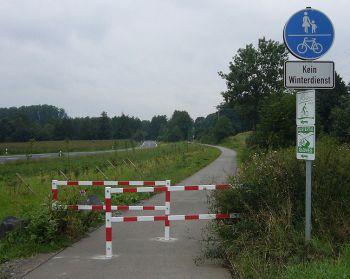 Fuß-und Radweg.jpg