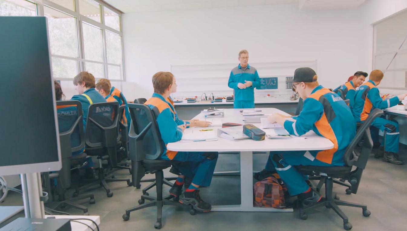 Lehre bei voestalpine in Kapfenberg: People, Stories & Jobs on video