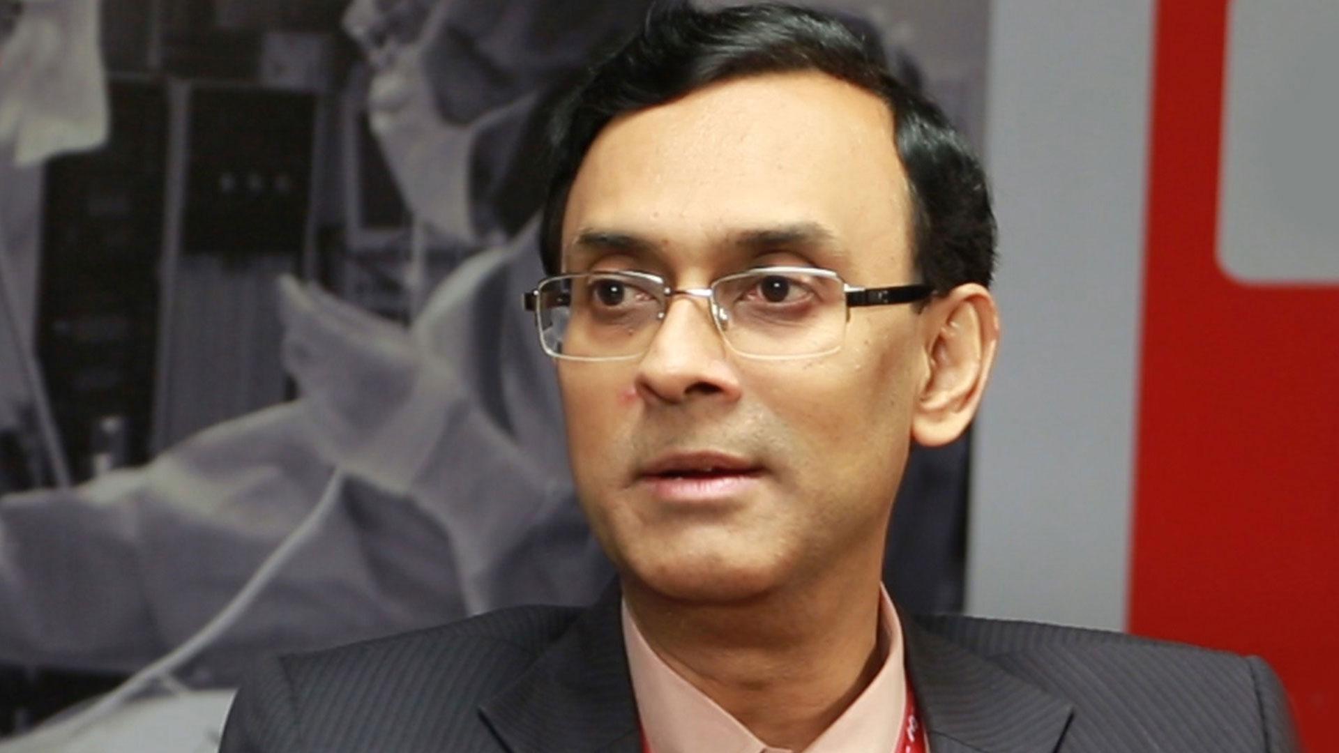 Dr Saumitra ray