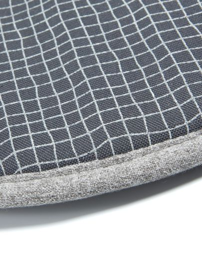Silke cushion grey light