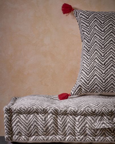 Biscayne cushion with lines