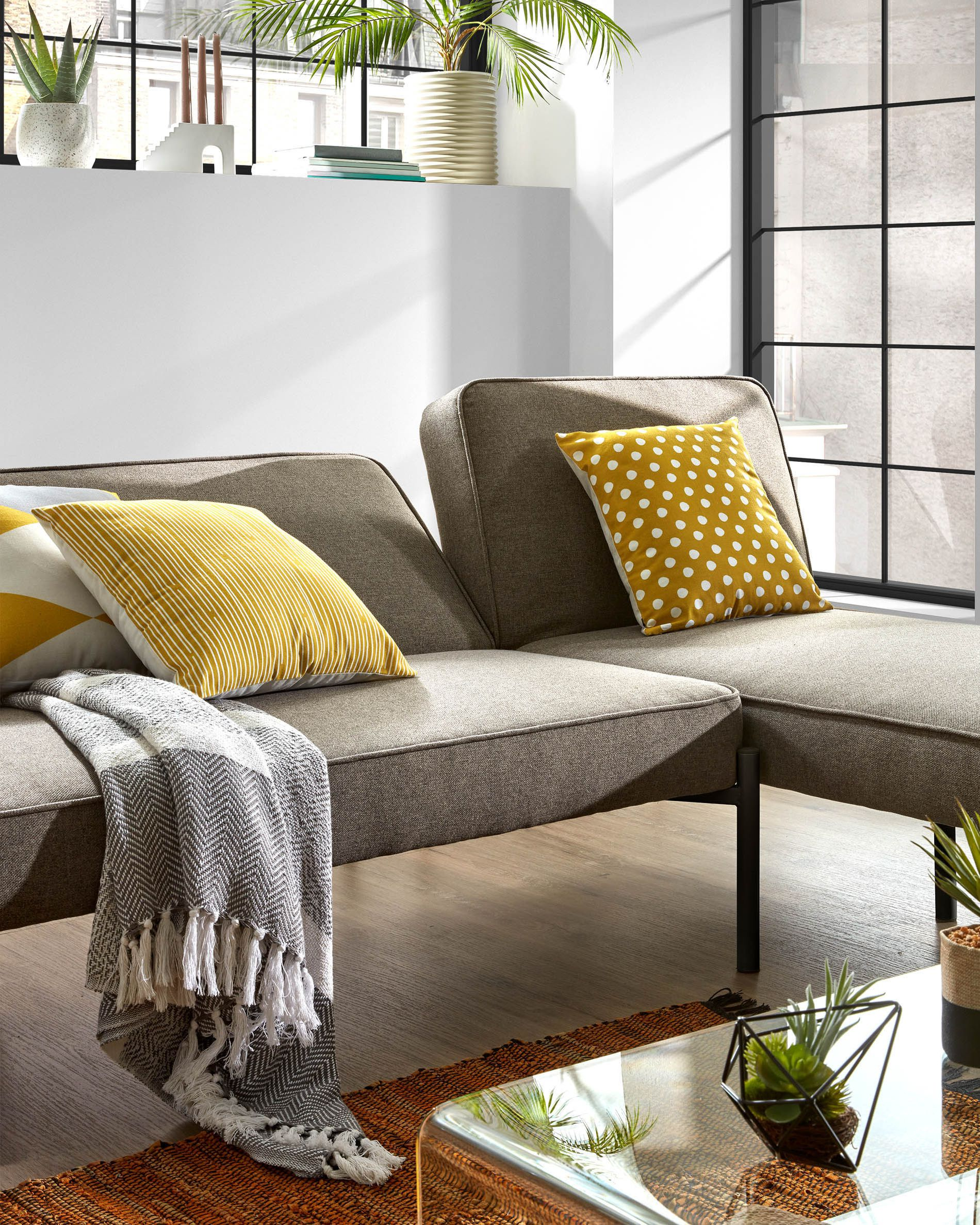 Nelki Sofa Bed And Chaise Longue Kave Home