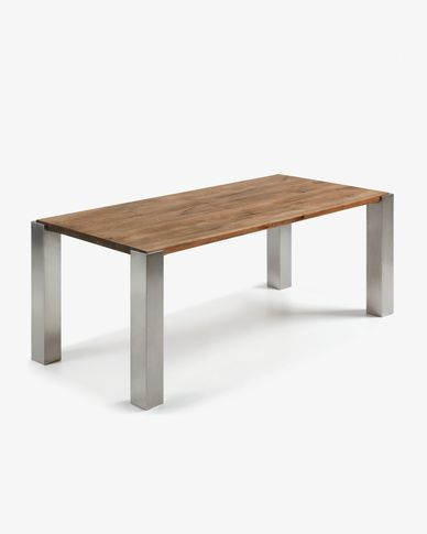 Carly table