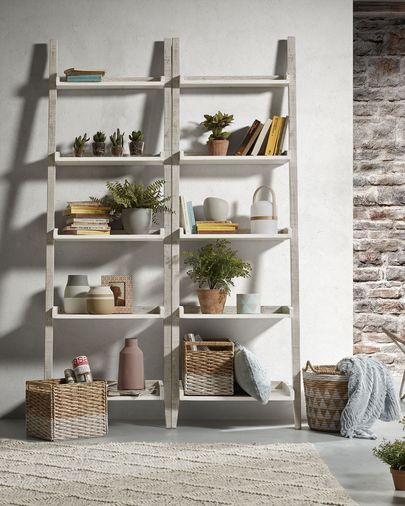 Words shelving unit 65 x 204 cm