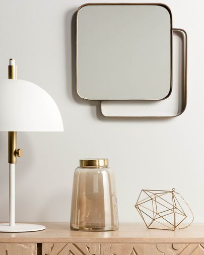 Wit mirror brass