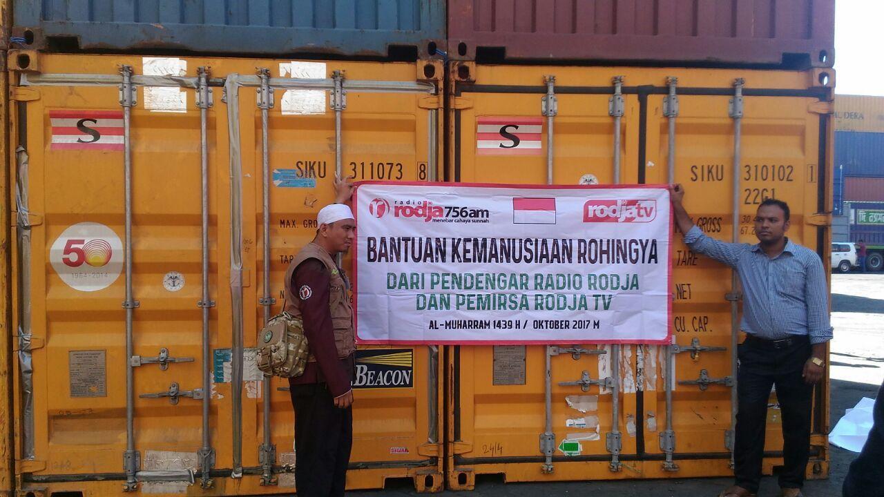 Informasi: Bantuan Pangan Telah Sampai di Bangladesh dan Siap Didistribusikan kepada Pengungsi Rohingya (2)