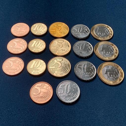 3 sets completos de moedas do real