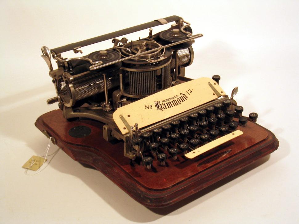 typist